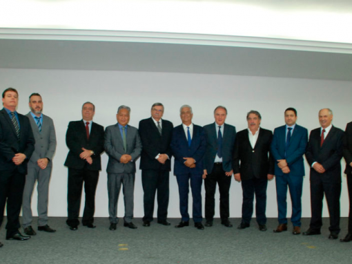 Empresários prestigiam posse solene da diretoria do SETRANS