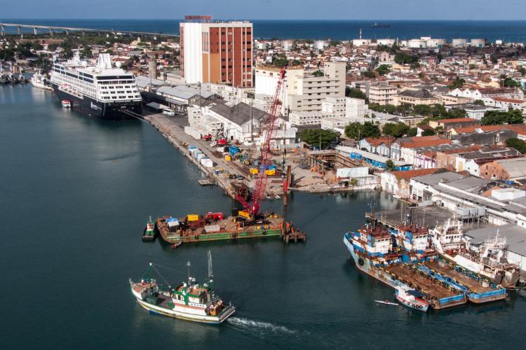 Governo federal reordenará 16 portos em todo o Brasil