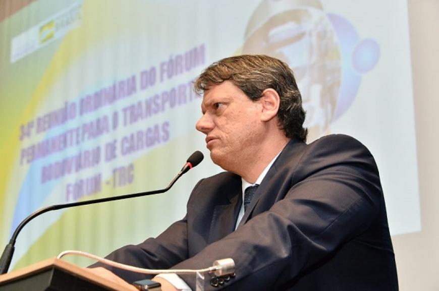 Governo Federal estabelece novas diretrizes para diálogo com os caminhoneiros