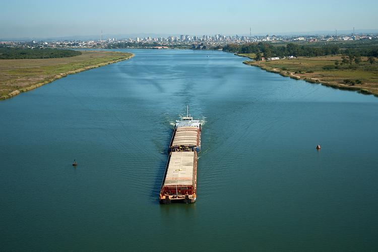 Brasil desperdiça dois terços do seu potencial hidroviário