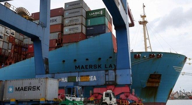 Movimentação em portos públicos cresce 6,6% no primeiro semestre de 2020